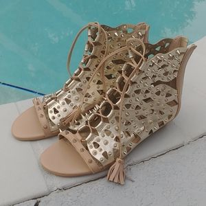 Sam Edelman Spiked Lace Up booty sandals 6.5